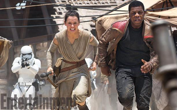Star Wars The Force Awakens - Finn and Rey