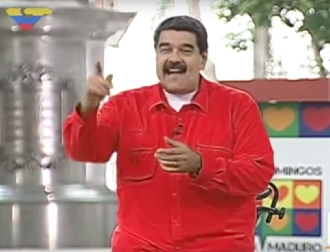 Nicolas Maduro Despacito dancing singing song