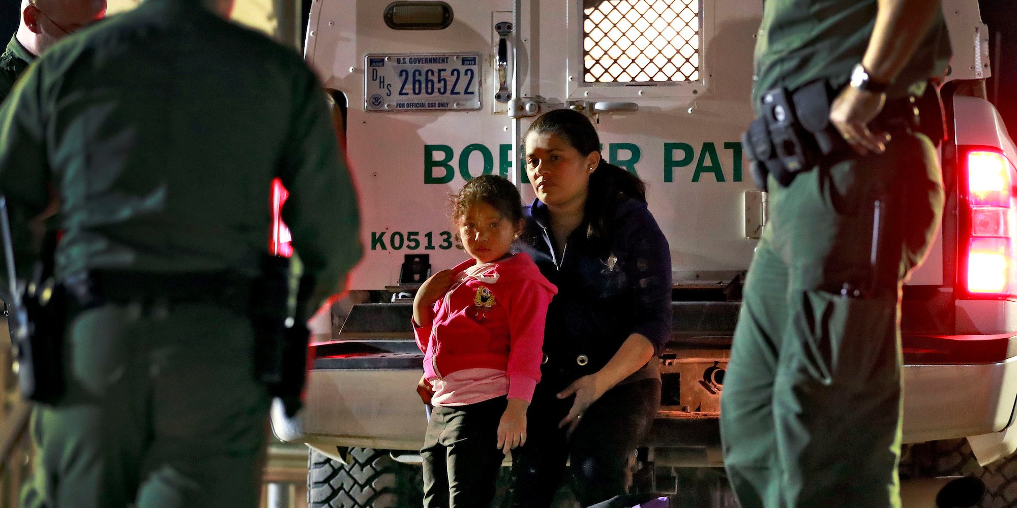 migrant child mother border patrol