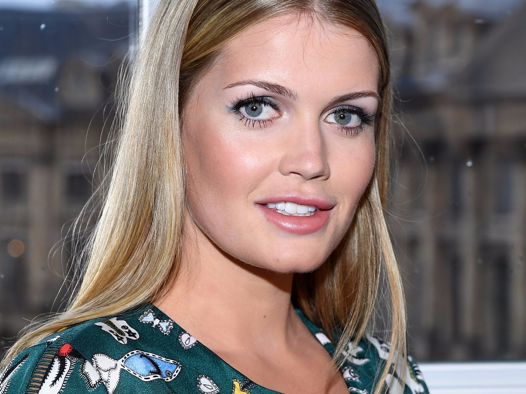 Lady Kitty Spencer attends the Schiaparelli Haute Couture Spring:Summer 2018 show as part of Paris Fashion Week on January 22, 2018 in Paris, France