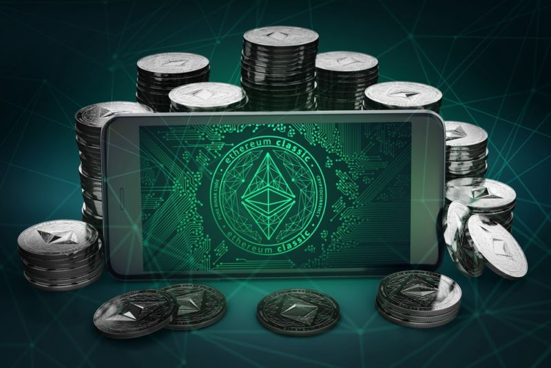 Almost $  500,000 in Ethereum Classic coin stolen by forking its blockchain