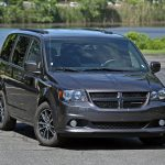 If a no-nonsense family hauler is what you're after, there are few options better than the Grand Caravan. It skips most of the luxuries of the just-launched Chrysler Pacifica, with which it shares a showroom, in favor of a simpler, budget-minded approach.