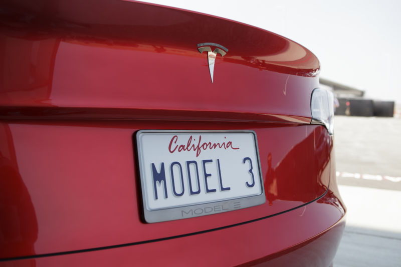 """Report: Tesla faces """"deepening criminal investigation"""" into Model 3 production"""