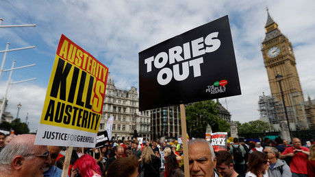 Anti-Conservative protesters outside Parliament © Peter Nicholls