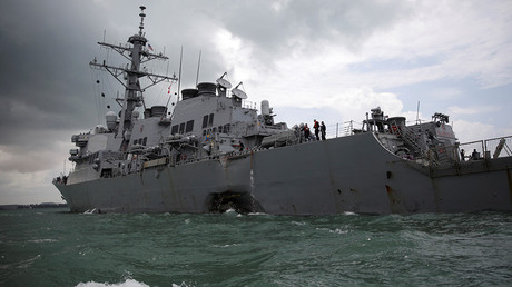 The US Navy guided-missile destroyer USS John S. McCain is seen after a collision, in Singapore waters August 21, 2017 © Ahmad Masood