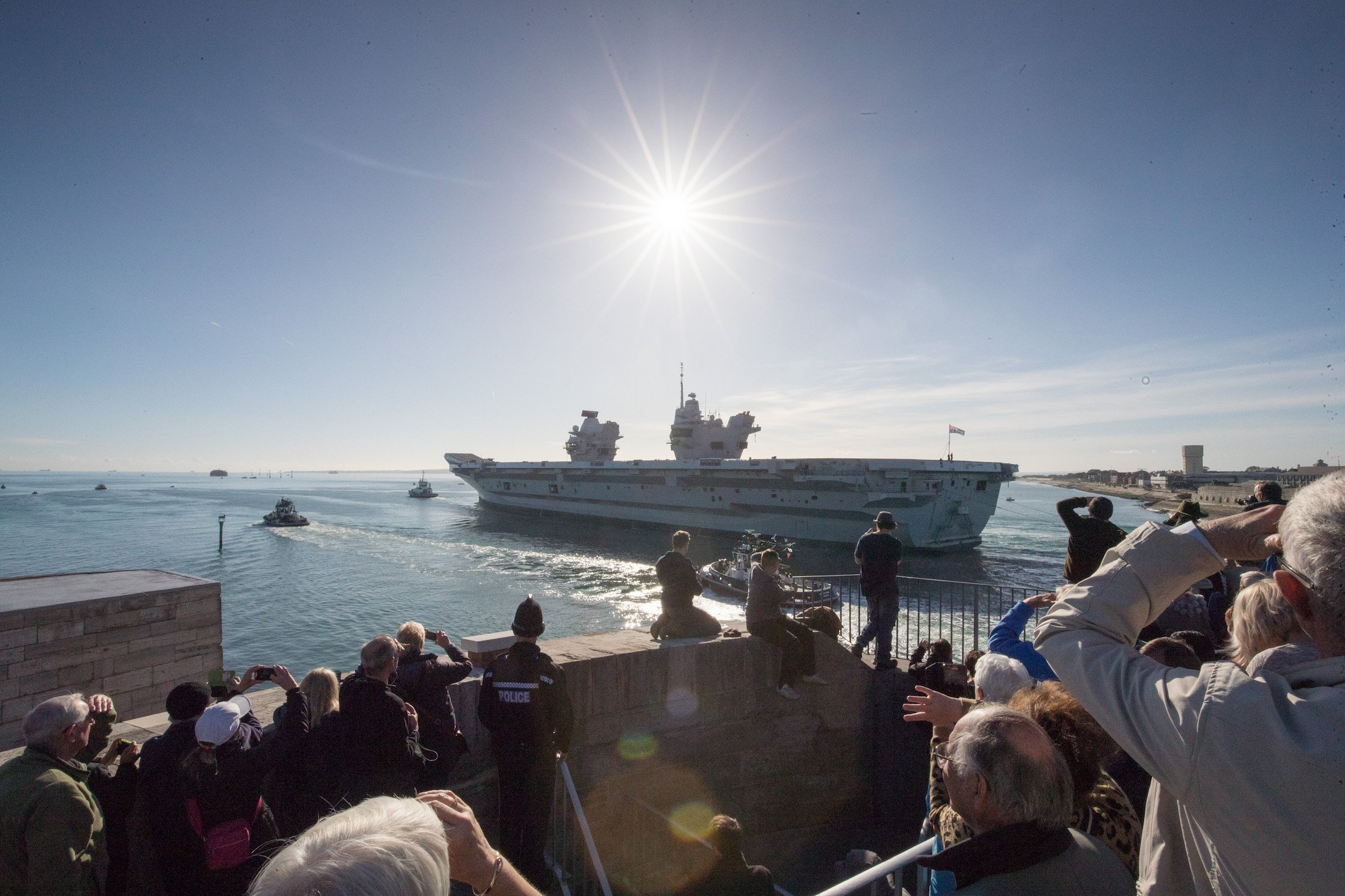 HMS Queen Elizabeth leaves for sea trials